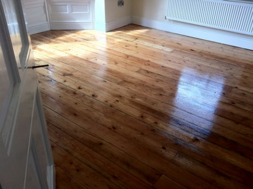 Yellow Pine Floorboards Renovated in Helsby Cheshire by Woodfloor-Renovations