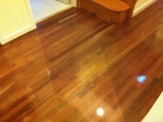 Wood floor sanding mahogany hardwood flooring repairs in for Parquet renovation